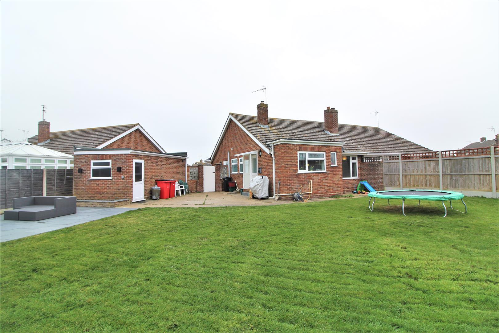 Crossfield Way, Kirby Cross, Essex, CO13 0LL